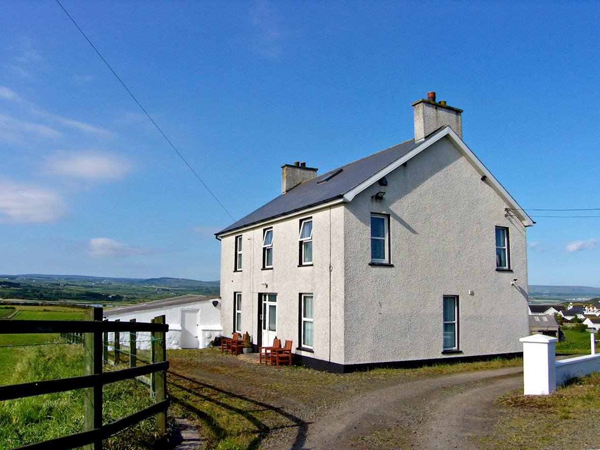 Property 10826
